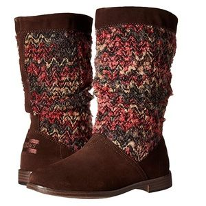 Toms sz 6 Serra dark brown suede knit boots